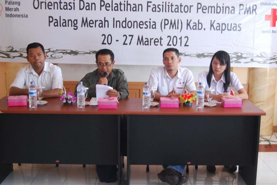 ORIENTASI DAN PELATIHAN FASILITATOR PEMBINA PMR (1/4)