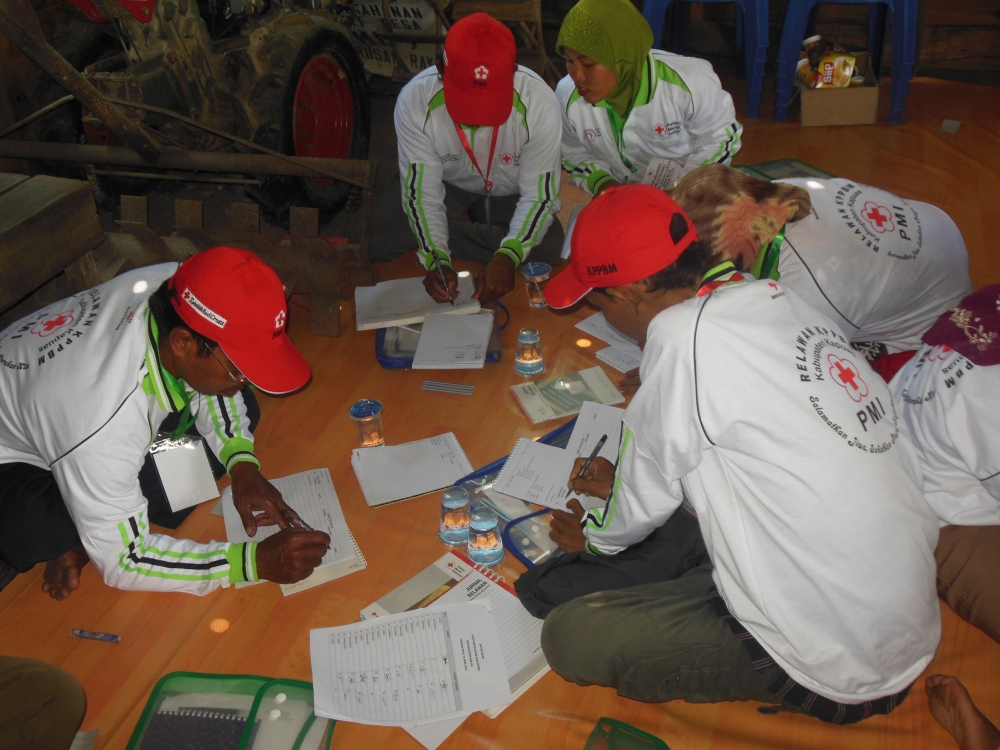 PELATIHAN KPPBM: POA (Planning Of Action) / RKTL (Rencana Kegiatan Tindak Lanjut) Di Desa Terusan Raya (2/6)