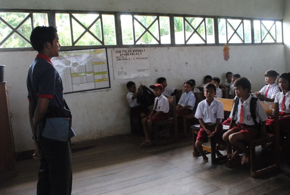 Kegiatan Sekolah Sehat di SDN 1 Pulau Kupang (2/6)