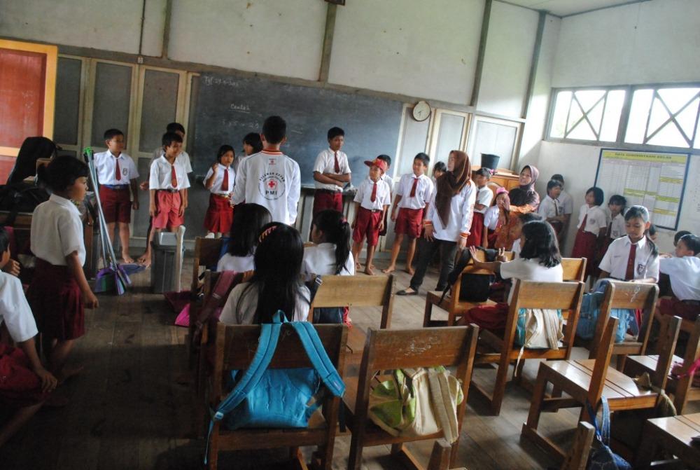 Kegiatan Sekolah Sehat di SDN 1 Pulau Kupang (3/6)