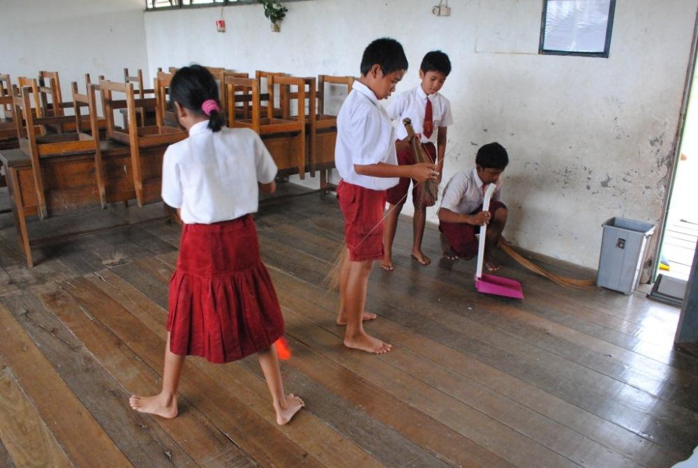 Kegiatan Sekolah Sehat di SDN 1 Pulau Kupang (6/6)