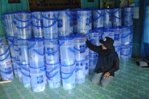 pengecekan keramik filter sebelum didistribusikan
