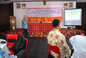 Bapak Sumengen Sutomo (Yayasan Bina Indonesia)