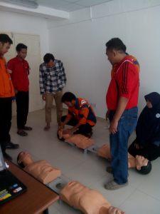 dr. Ahmad Haspiani saat memberikan materi RJP