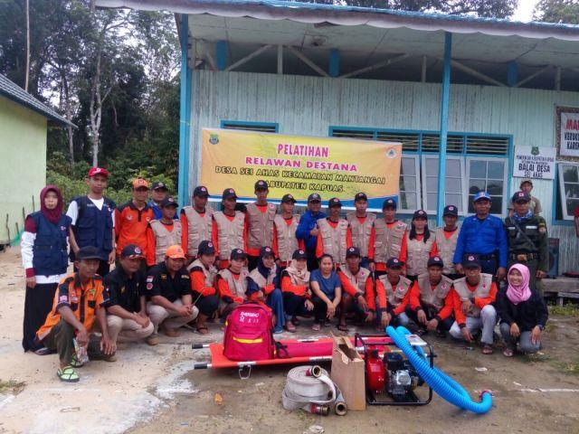 Foto bersama Relawan Destana Desa Sei.Ahas Kec.Mantangai
